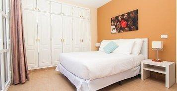 APARTAMENTO 2 DORMITORIOS CON PATIO Y VISTA MAR (2-4 PERSONAS)  Coral Los Silos - Your Natural Accommodation Choice